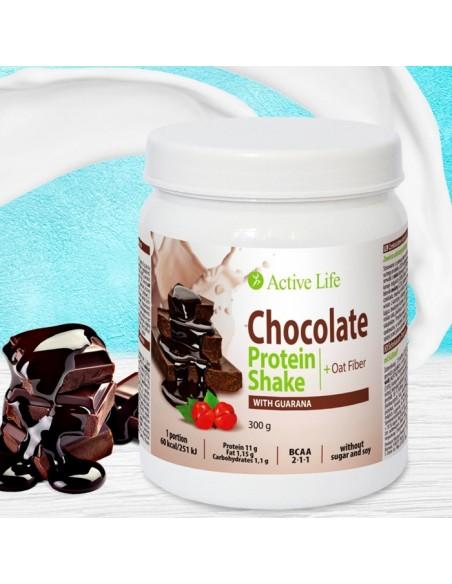 Protein chocolate shake with guarana